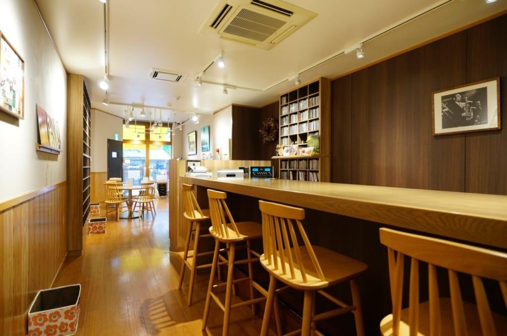 公園のそばのJAZZ喫茶「TOMMY'S BY THE PARK」(横浜市都筑区仲町台)の画像