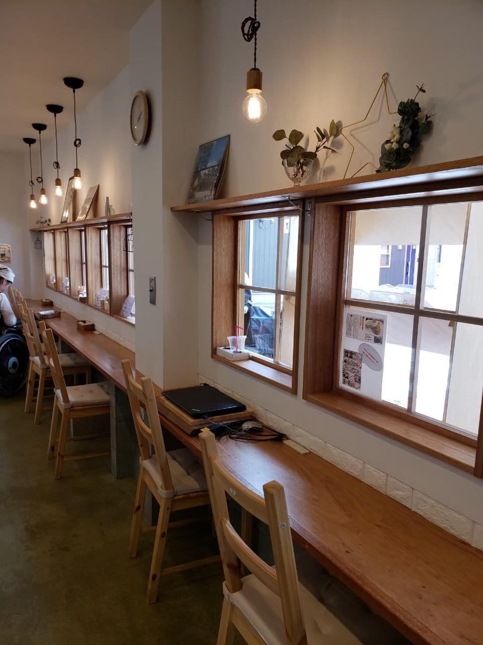 カフェおからさんの店内風景