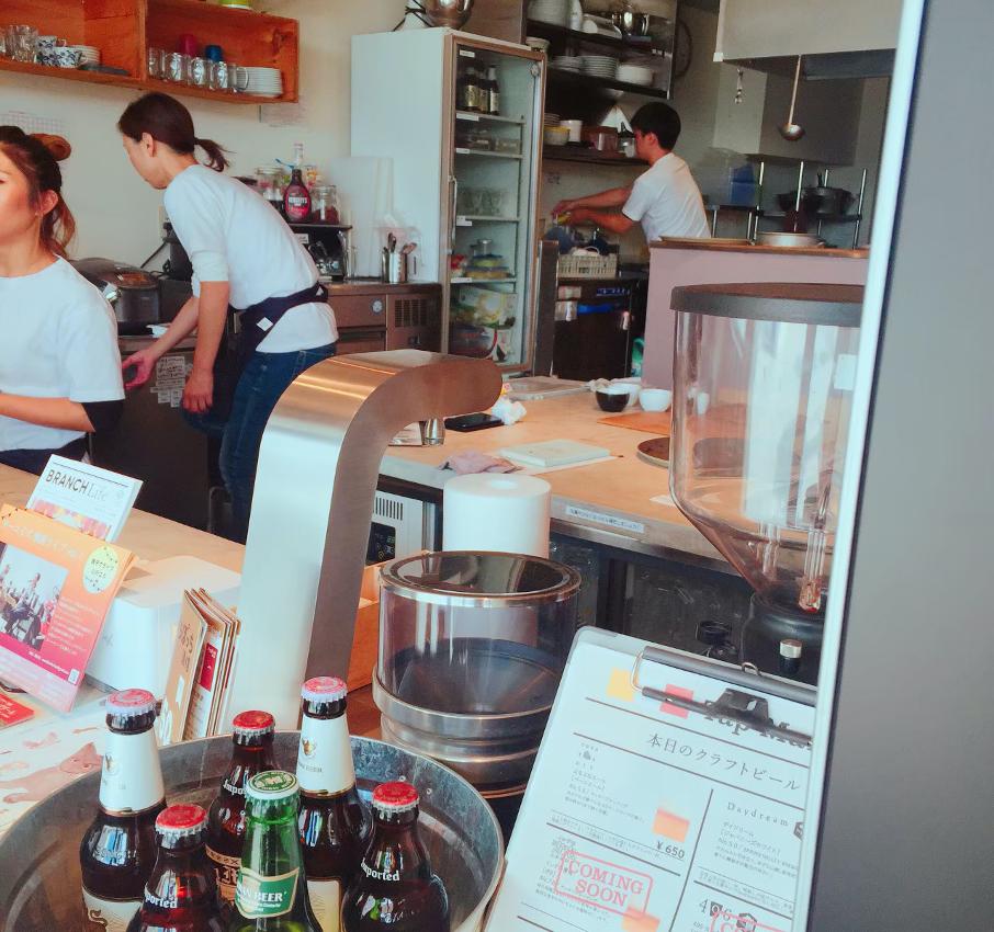 茅ヶ崎にあるハマミ食堂カオトオカは年中無休