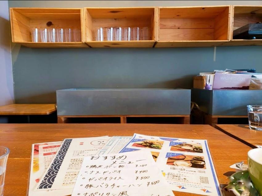 店内もオシャレなハマミ食堂カオトオカ