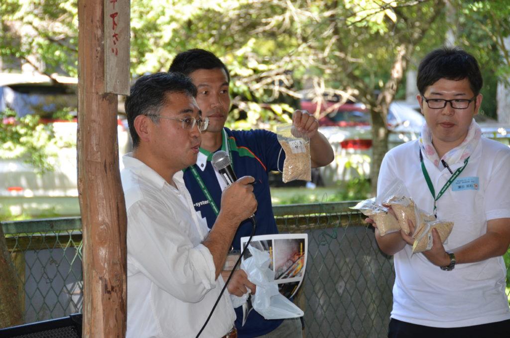神奈川のすくすくパン豚について説明される山口さん