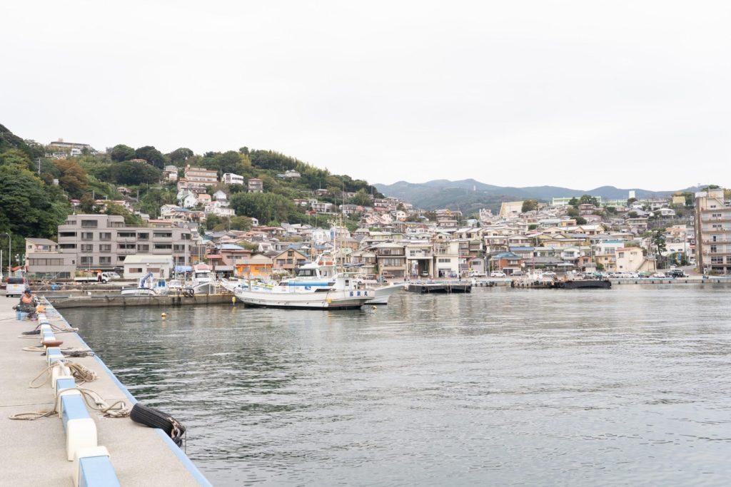 真鶴町の港の風景