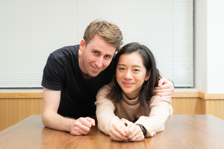 アイドルグループ「COLORFUUUL」をプロデュースする外国人夫妻!新しい挑戦の理由をお聞きしました!の画像