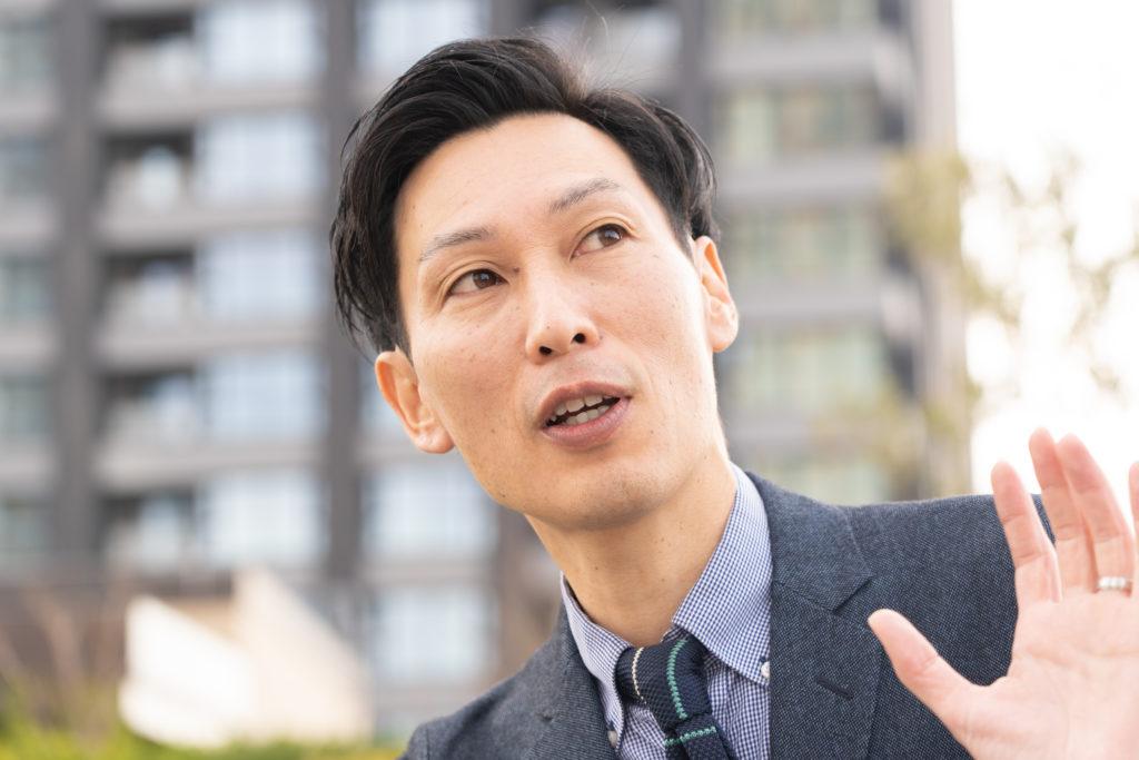 武蔵小杉エリアに根付いたビジネスを展開する株式会社ワイガヤ鈴木啓功社長のインタビューの画像