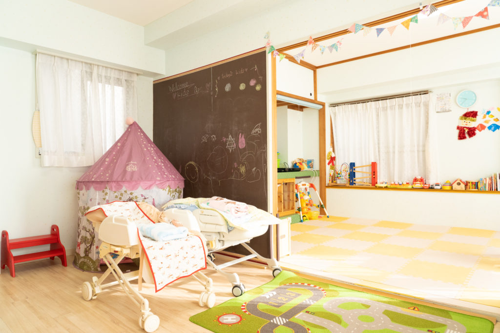 託児所のある美容室。子どもができて気がついた、ヘアサロンがママのためにできること。ヘアサロン「FORMEage(フォルム・アージュ)」代表の松浪慎一さんのインタビューの画像
