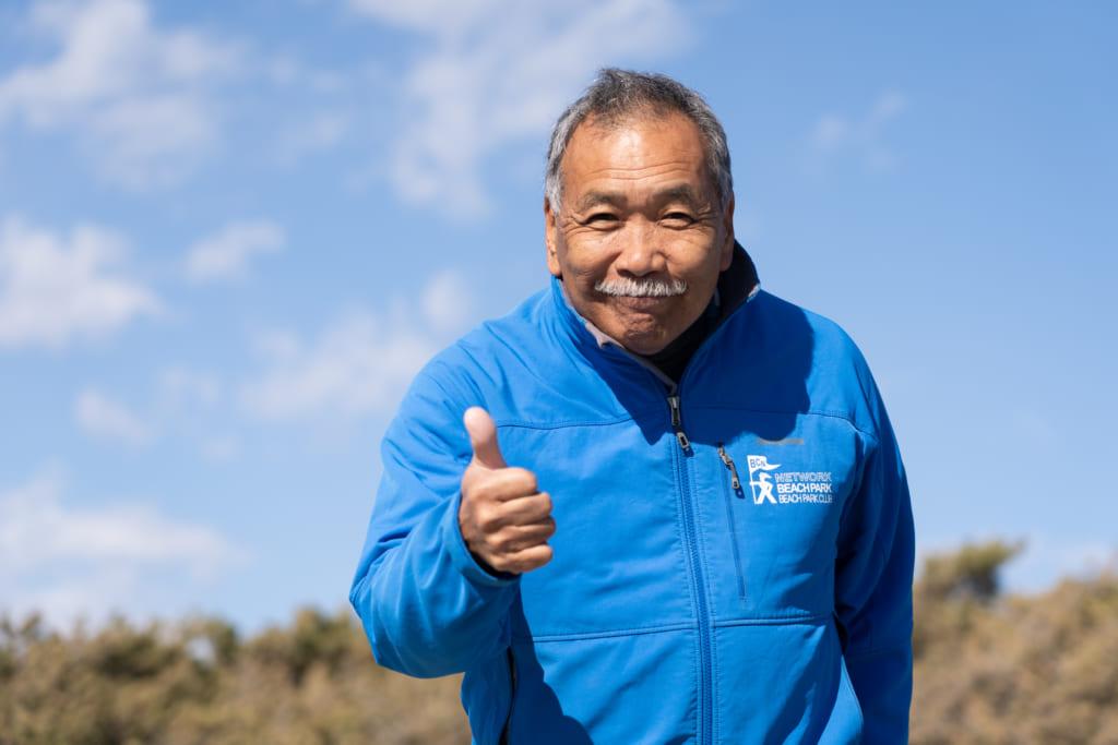 地球を遊びつくせ!日本初のプロサーファー ドジ井坂さんの痛快インタビュー【前編】の画像