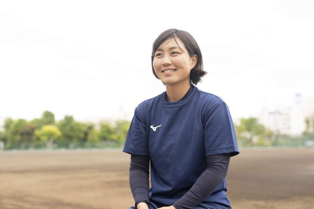 ソフトボールについて語る清原選手