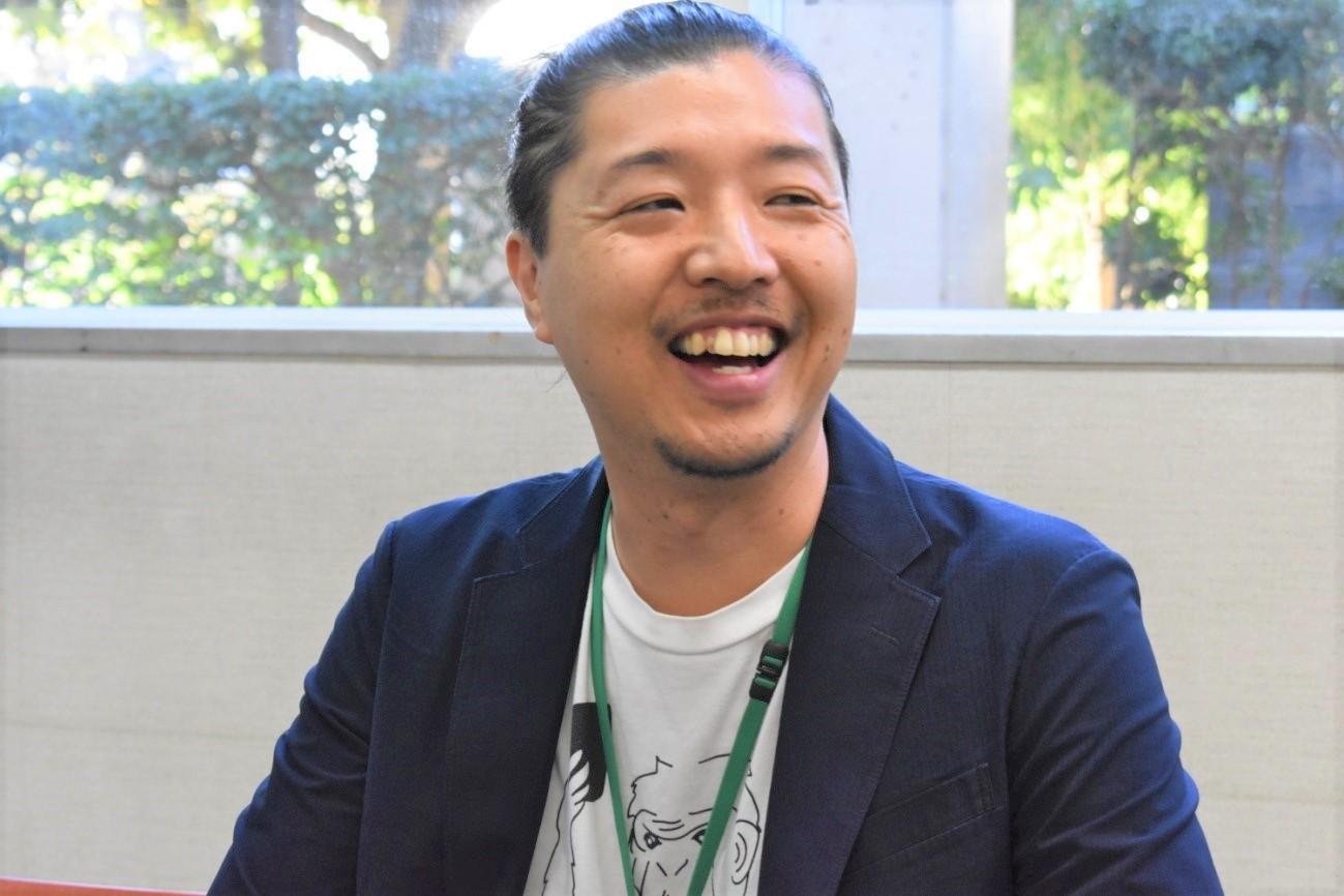 笑顔の須田さん