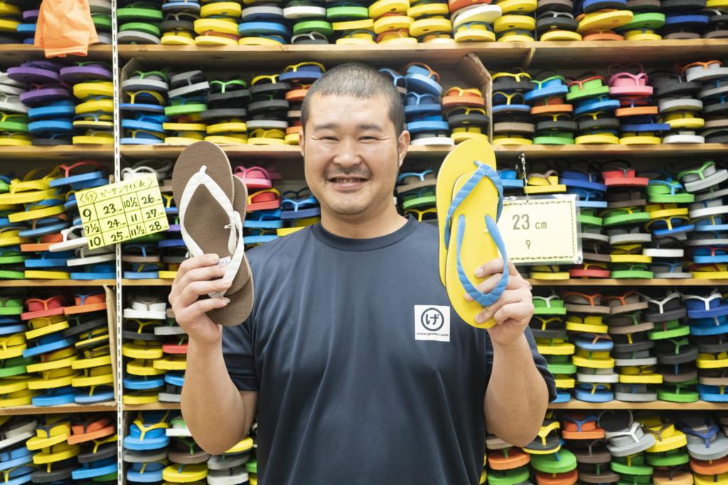 葉山町に足袋販売店として創業して約160年!ビーチサンダルで有名なげんべい商店の葉山英三郎(はやまえいざぶろう)さんインタビューの画像